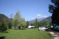 Camping Burg Rothenfels (52 km)
